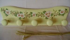 Appendiabiti country colore pastello son decori
